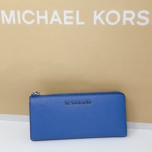 Michael Kors LG Three Qtr Zip Wallet French Blue